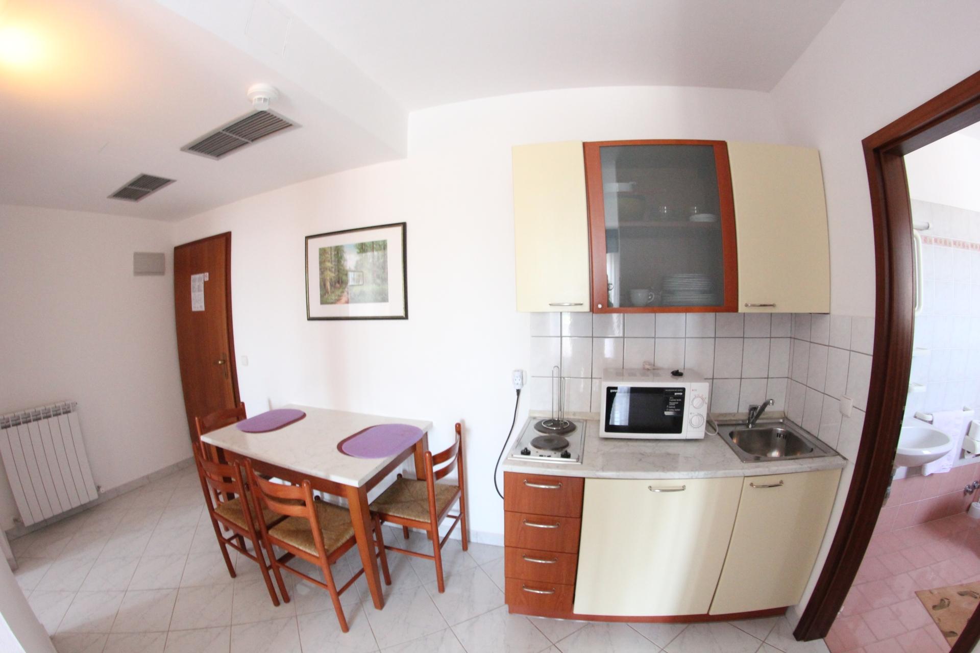 Standard Classic Apartment (2+1 prs) kuhinja