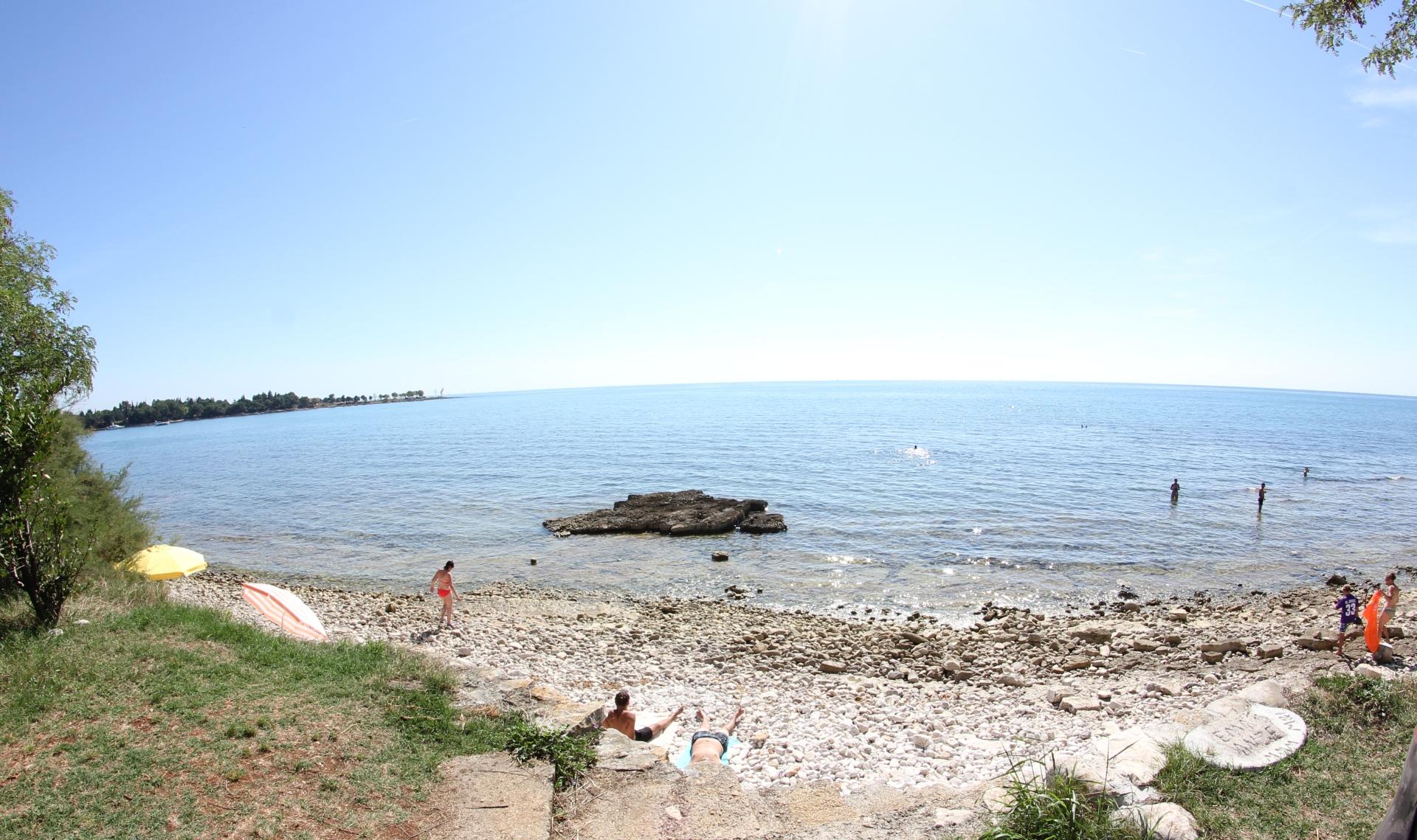lovro-plaža-more-WEB-manja